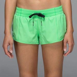 Lululemon Hotty Hot Shorts 🦄